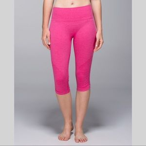 Lululemon In The Flow Crop II, Heathered Magenta